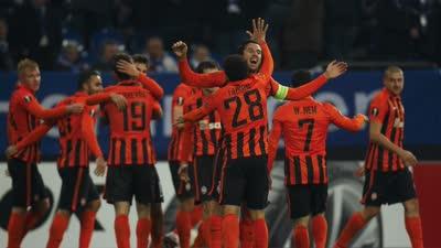 欧联-马洛斯脚后跟破门 矿工3-0沙尔克晋级