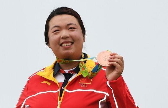 突破历史!冯珊珊获女子高尔夫铜牌