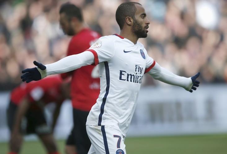 法甲-小卢卡斯梅开二度 巴黎2-0胜甘冈